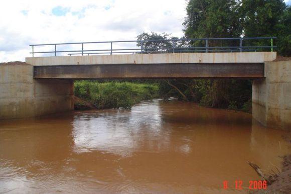 Ponte Córrego Porcos